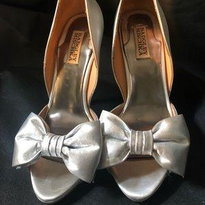 Silver sparkly peep toe heel